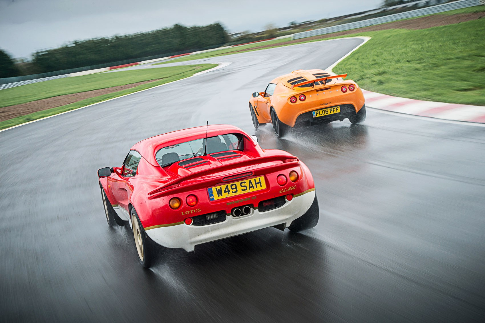 How to buy your first lotus buying guide to used elise exige the series 1 lotus elise was a revelation back in 2000 vanachro Gallery