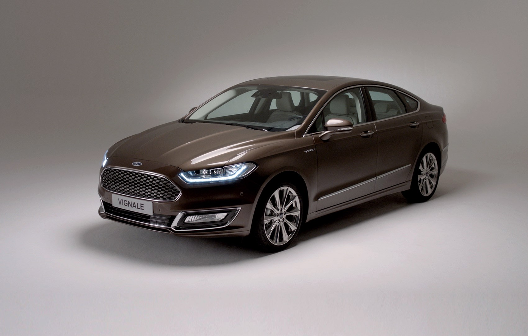 ford vignale mondeo 2015 unveiled are you ready for the 29k mondeo by car magazine. Black Bedroom Furniture Sets. Home Design Ideas