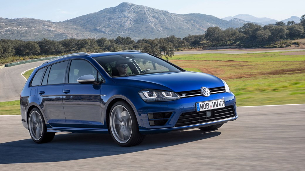 Golf R Estate >> Vw Golf R Estate 2015 Review Car Magazine