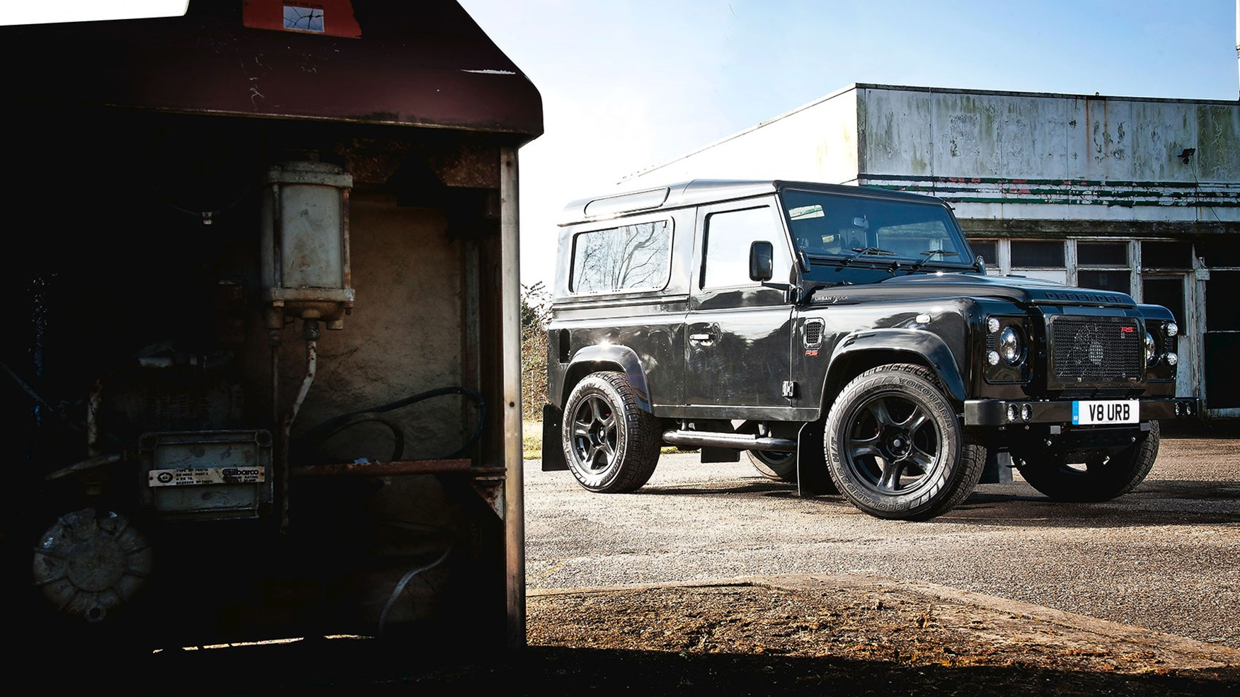 Land Rover Defender Urban Truck Rs Ultimate 2015 Review