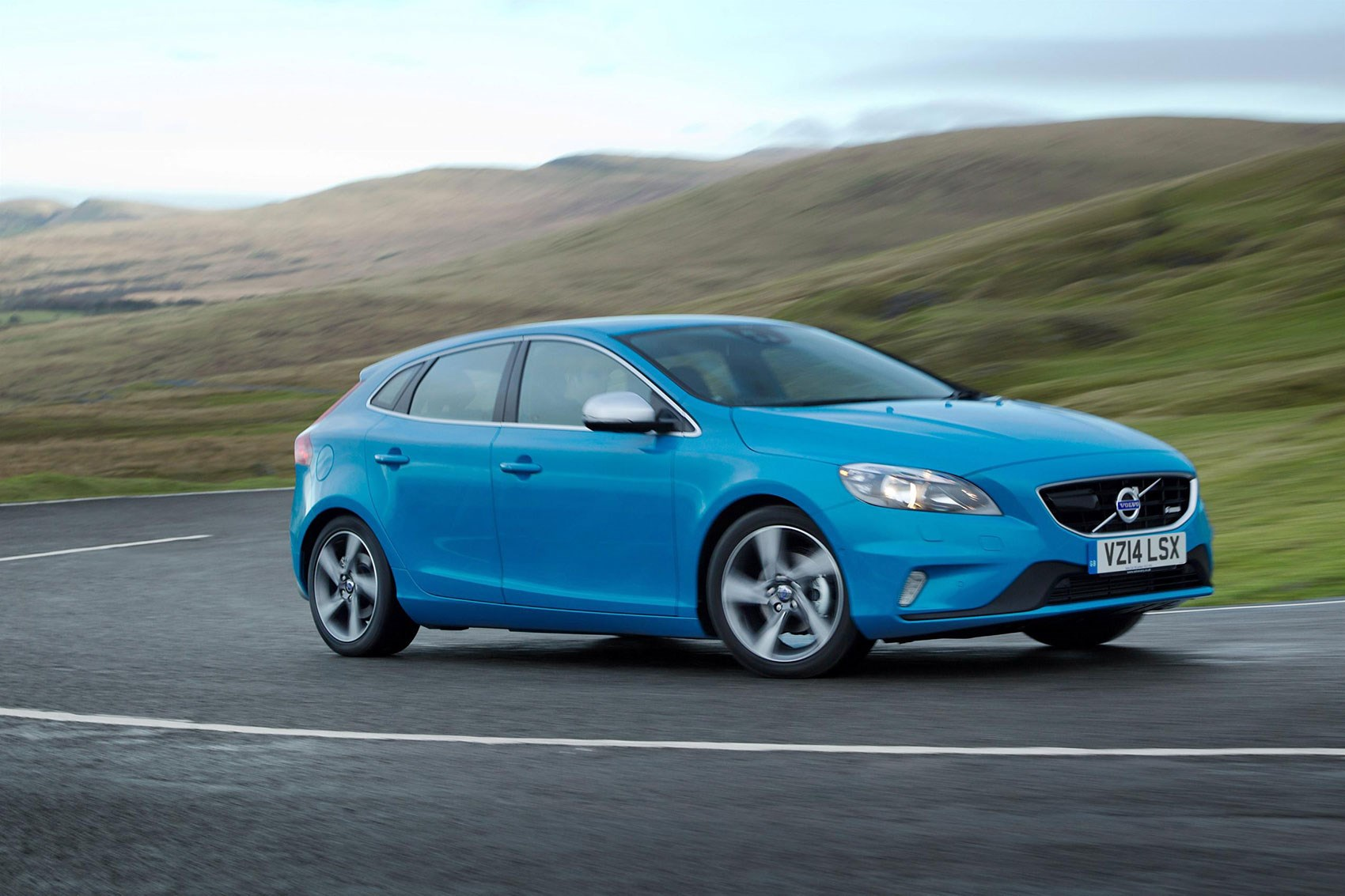 volvo v40 polestar hot hatch to rival merc s a45 amg by car magazine. Black Bedroom Furniture Sets. Home Design Ideas
