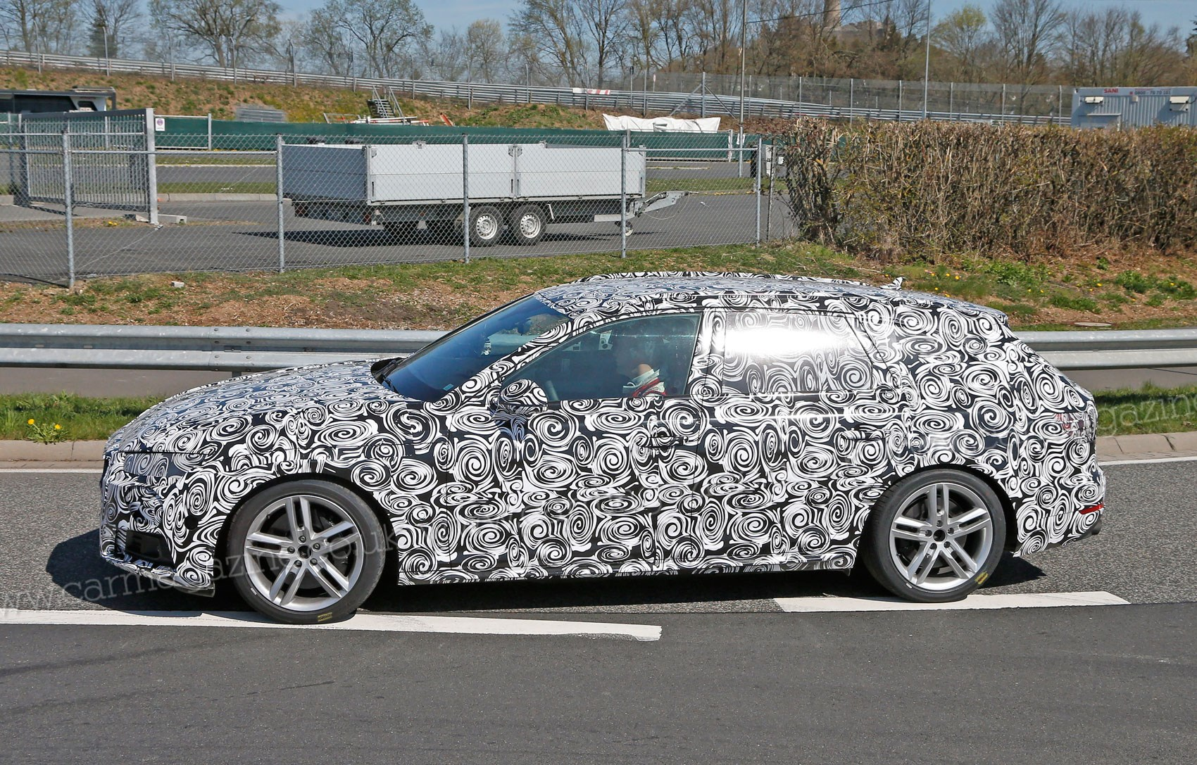 audi s4 avant 2016 spyshots 340bhp for future fast. Black Bedroom Furniture Sets. Home Design Ideas
