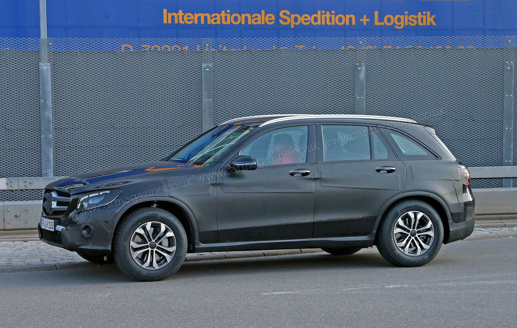 mercedes glc new uk bound glk mk2 spied ahead of summer launch by car magazine. Black Bedroom Furniture Sets. Home Design Ideas