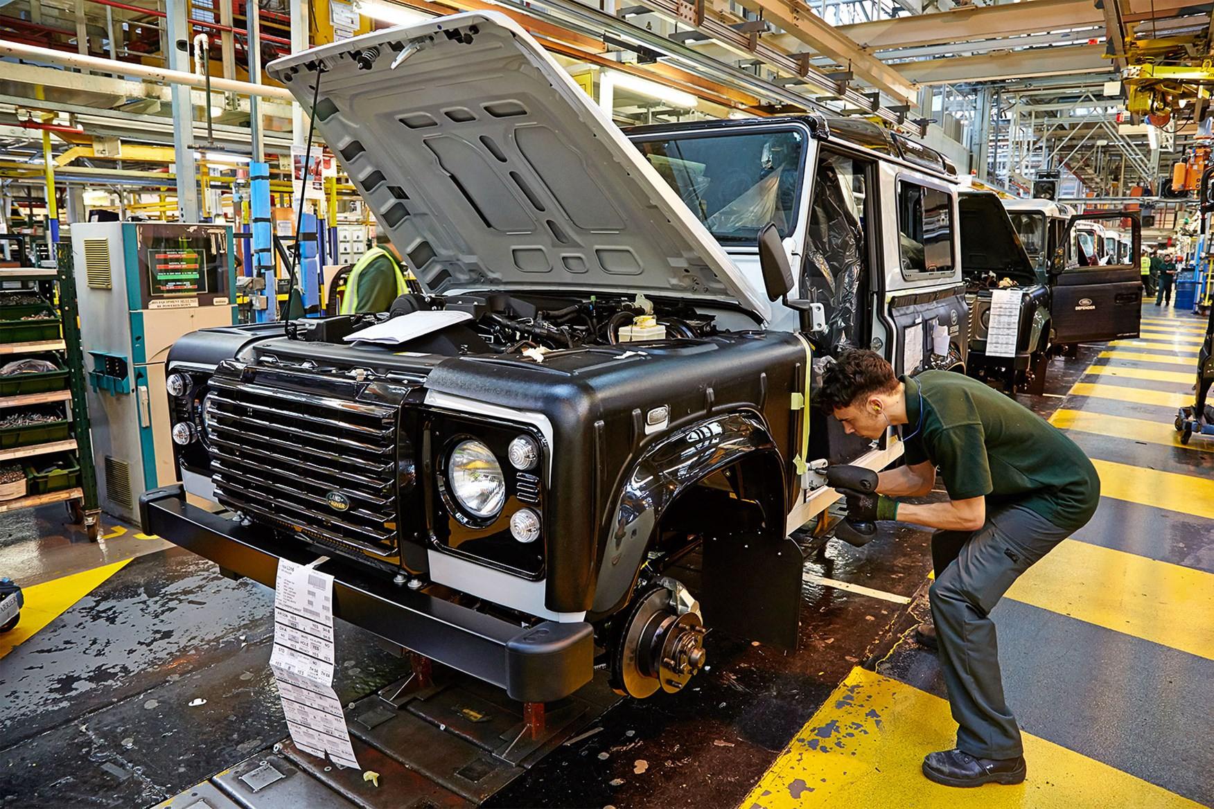 How Many People Does It Take To Build A Land Rover