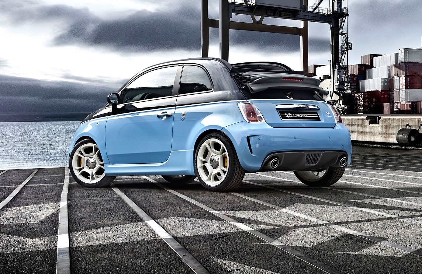 Abarth 595C Competizione 160 (2015) review | CAR Magazine