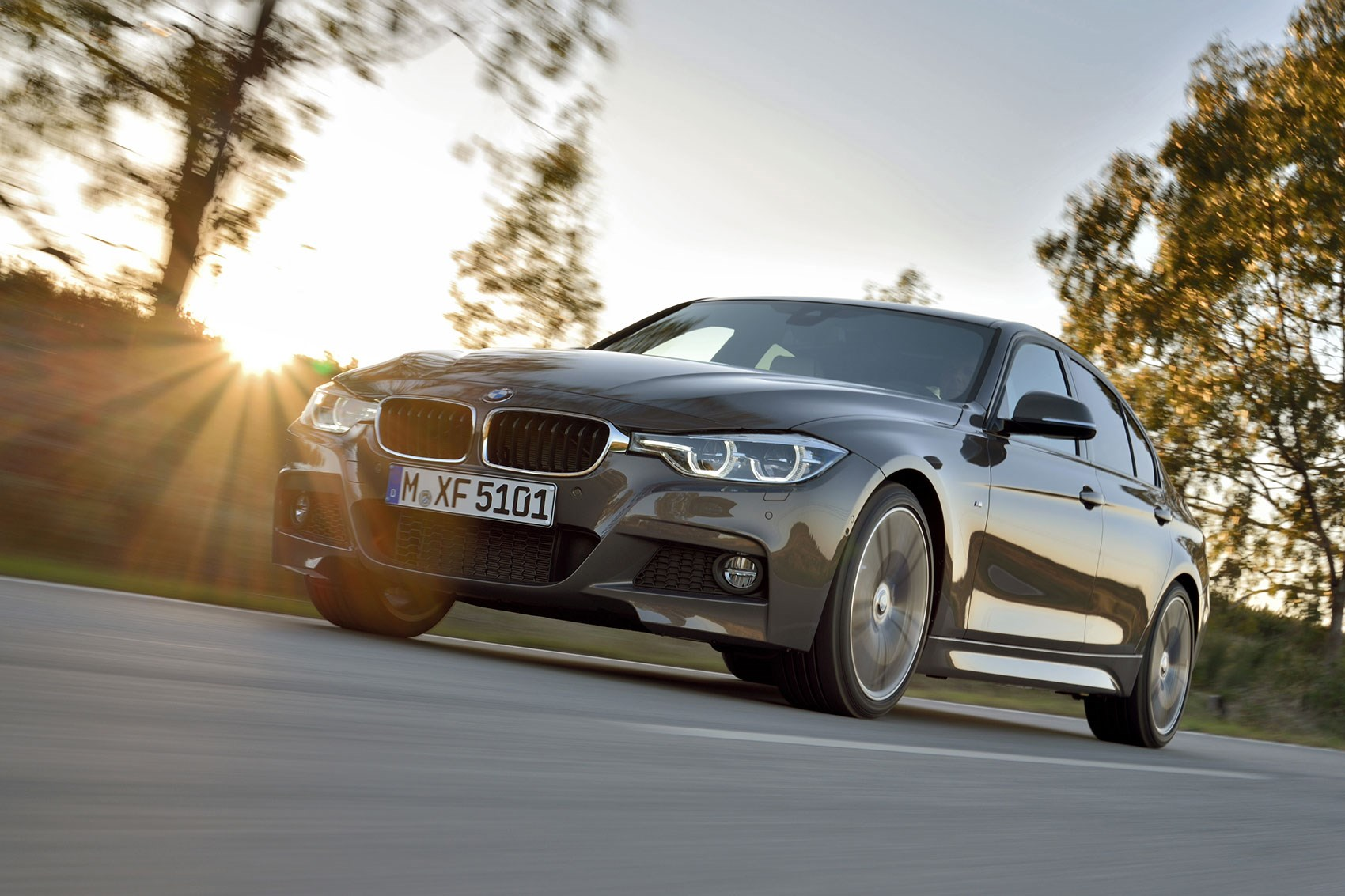 The newly facelifted 2015 BMW 3-series New modular engine range includes  340i six-cylinder petrol ...