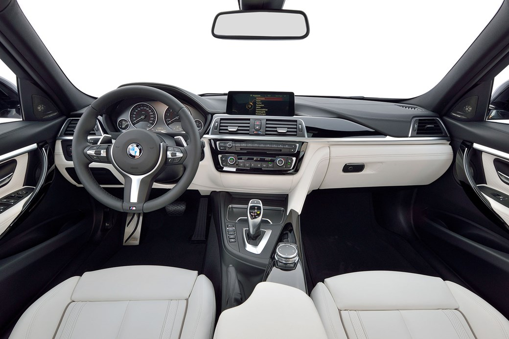 Inside New 2015 BMW 3 Series Cabin Not As Sparkly A C