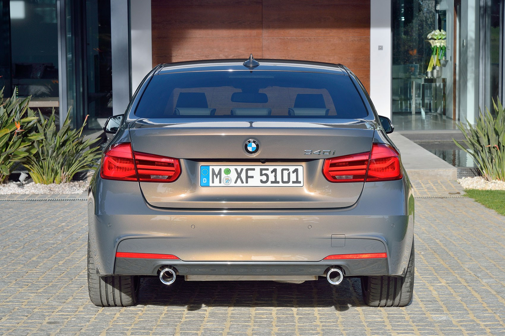 New BMW Series Facelift Revealed By CAR Magazine - Bmw 3 series features