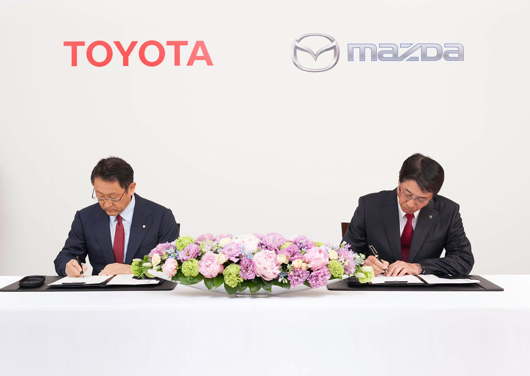 Toyota And Mazda Top Br Sign The Deal 13 May 2017