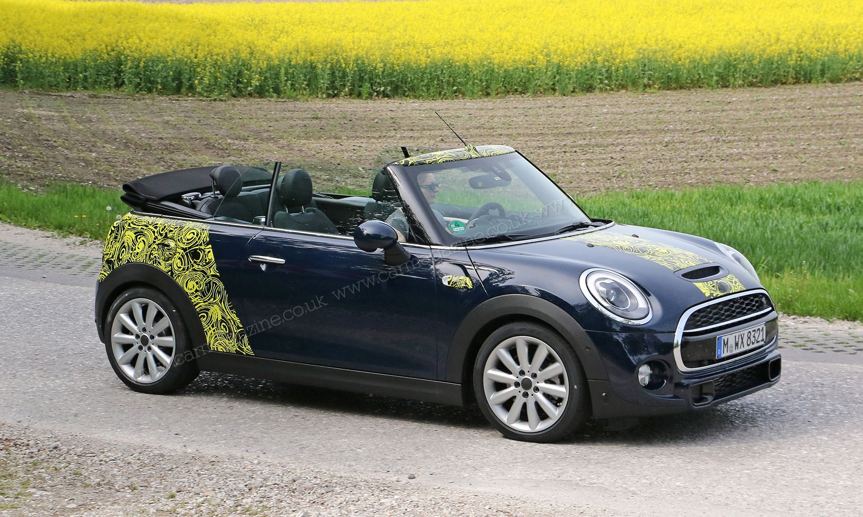 mini convertible it 39 s 2016 39 s new soft top mini by car magazine. Black Bedroom Furniture Sets. Home Design Ideas