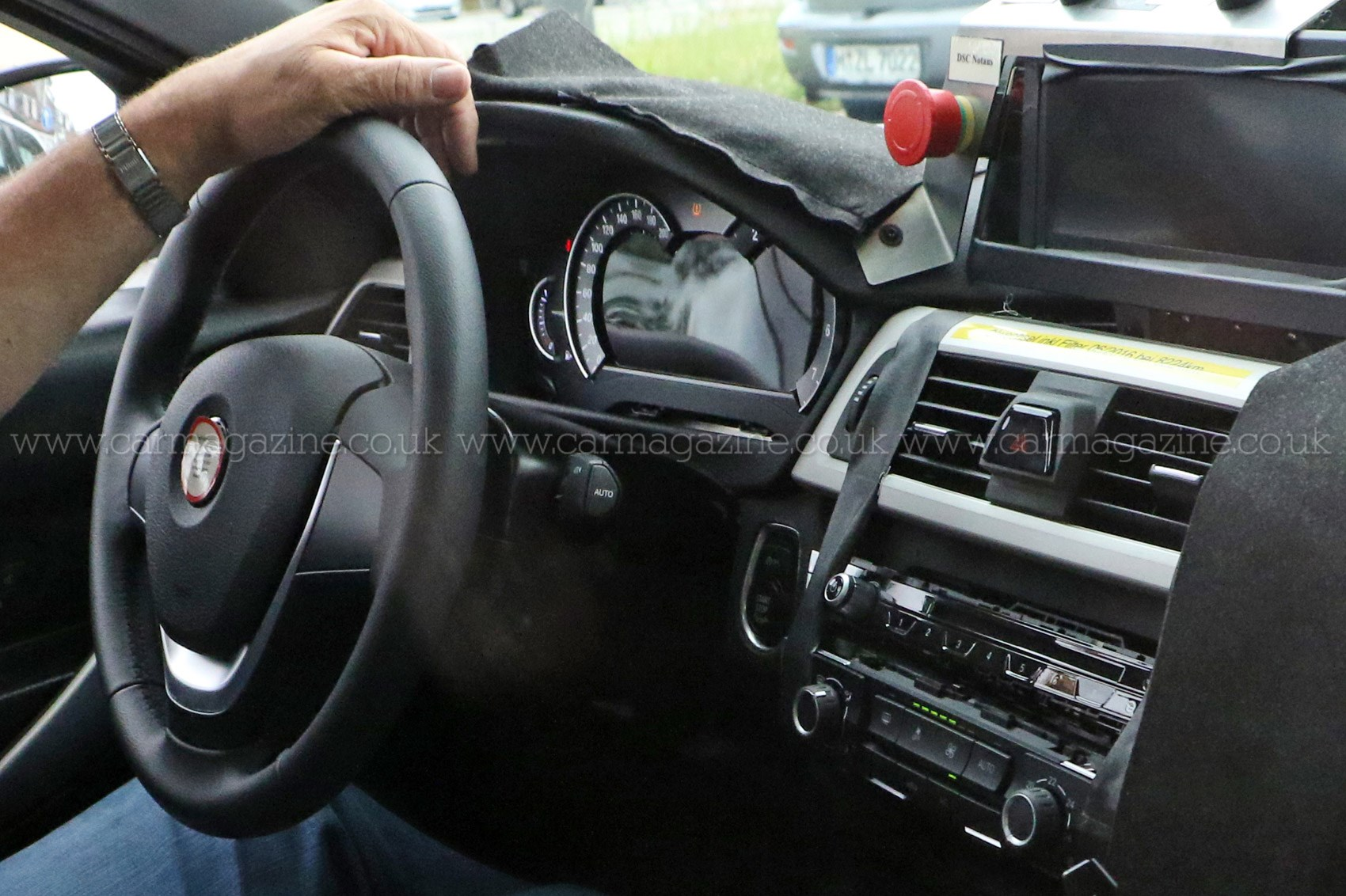 Bmw 3 series 2018 next three codenamed g20 revealed by for Bmw serie 3 2018 interior