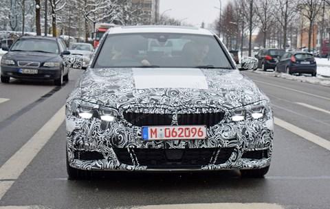 CAR dergisi tarafından yeni 2019 BMW 3 serisi sanatçı izlenimi