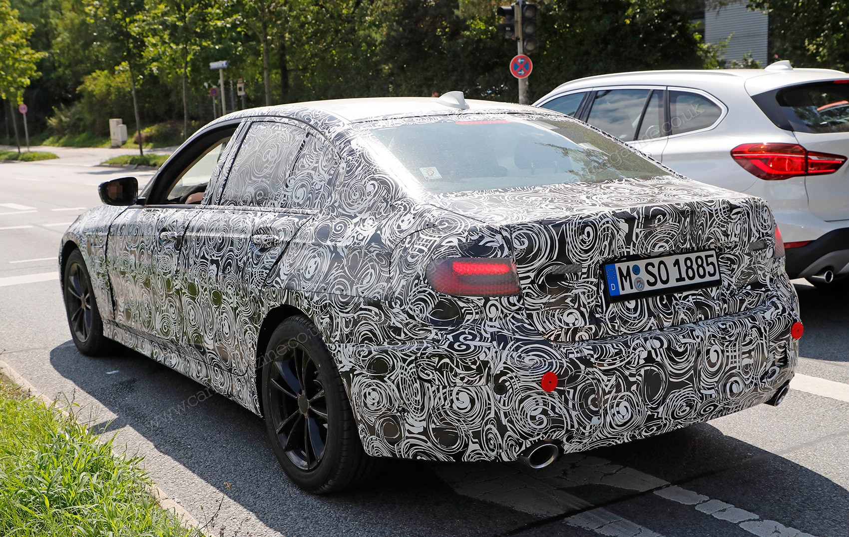 new bmw 3 series g20 electrified variant spotted car. Black Bedroom Furniture Sets. Home Design Ideas
