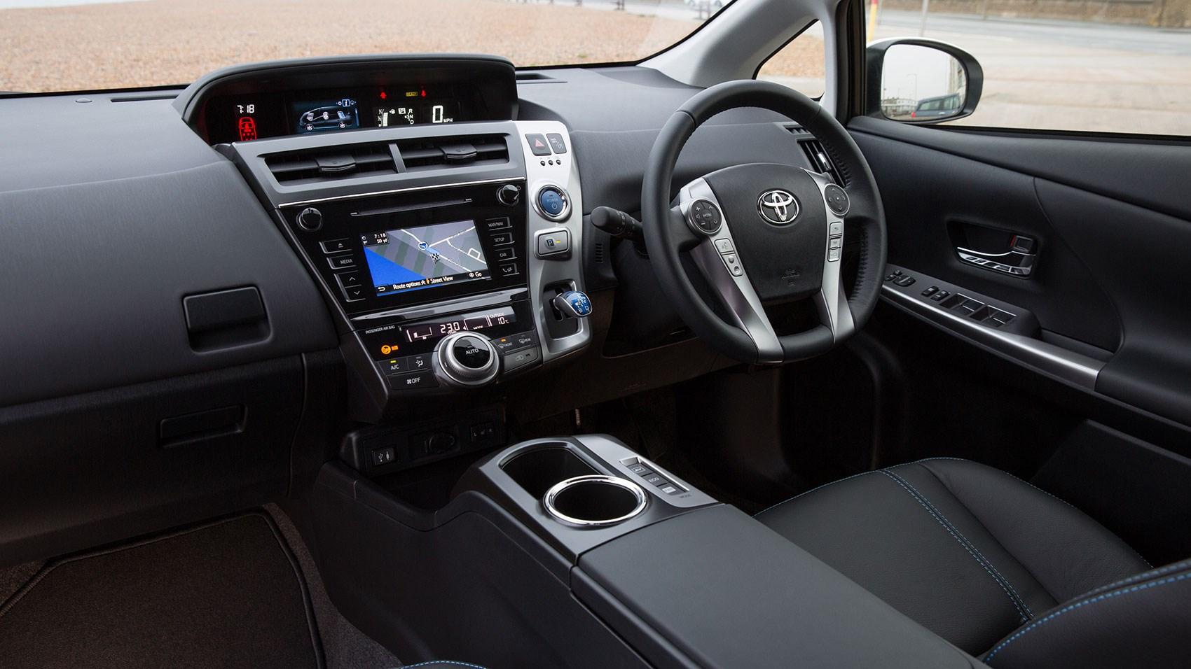 Toyota Prius Plus (2015) review | CAR Magazine