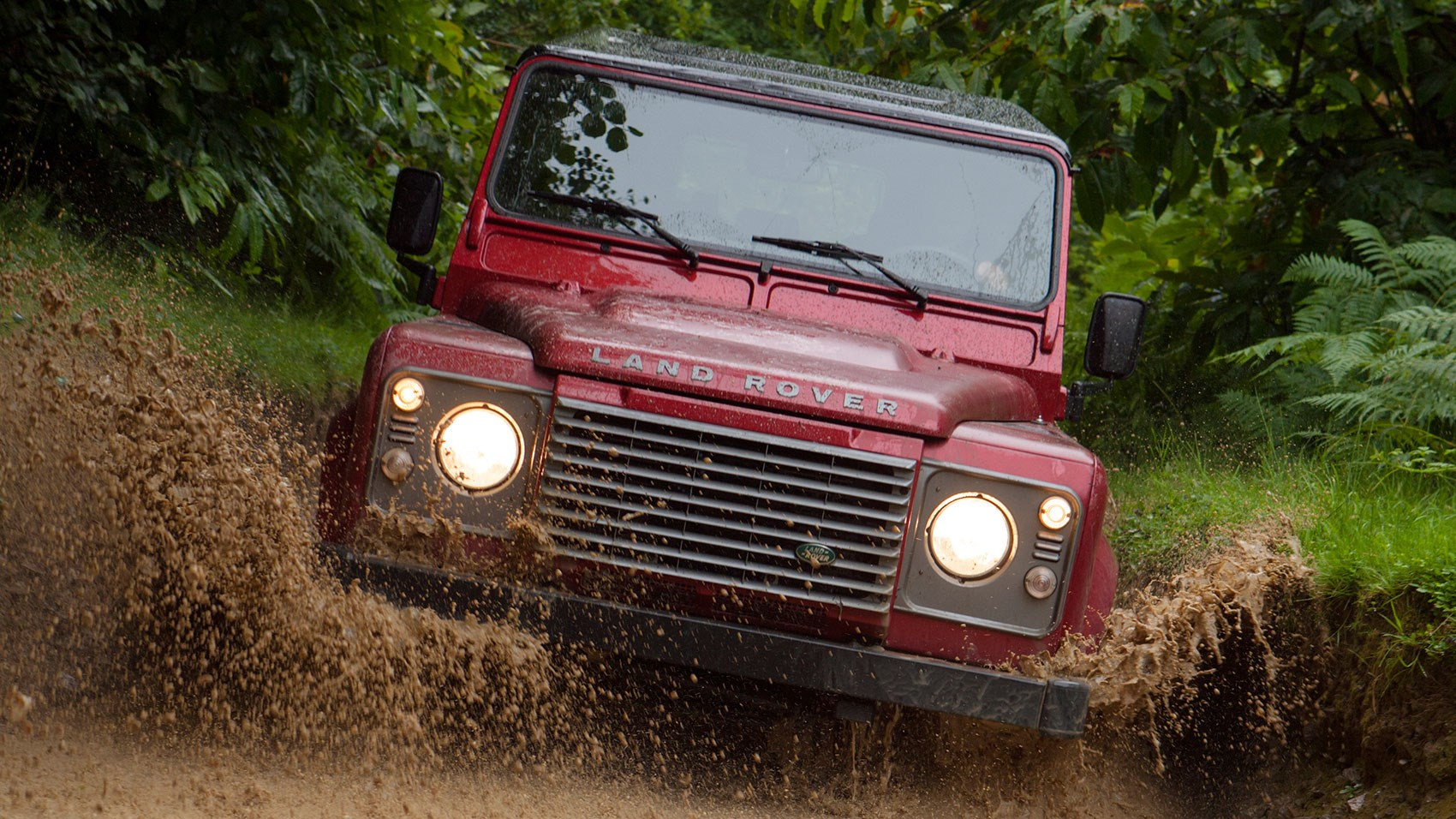 Land Rover Defender 110 Station Wagon XS (2016) review by ...