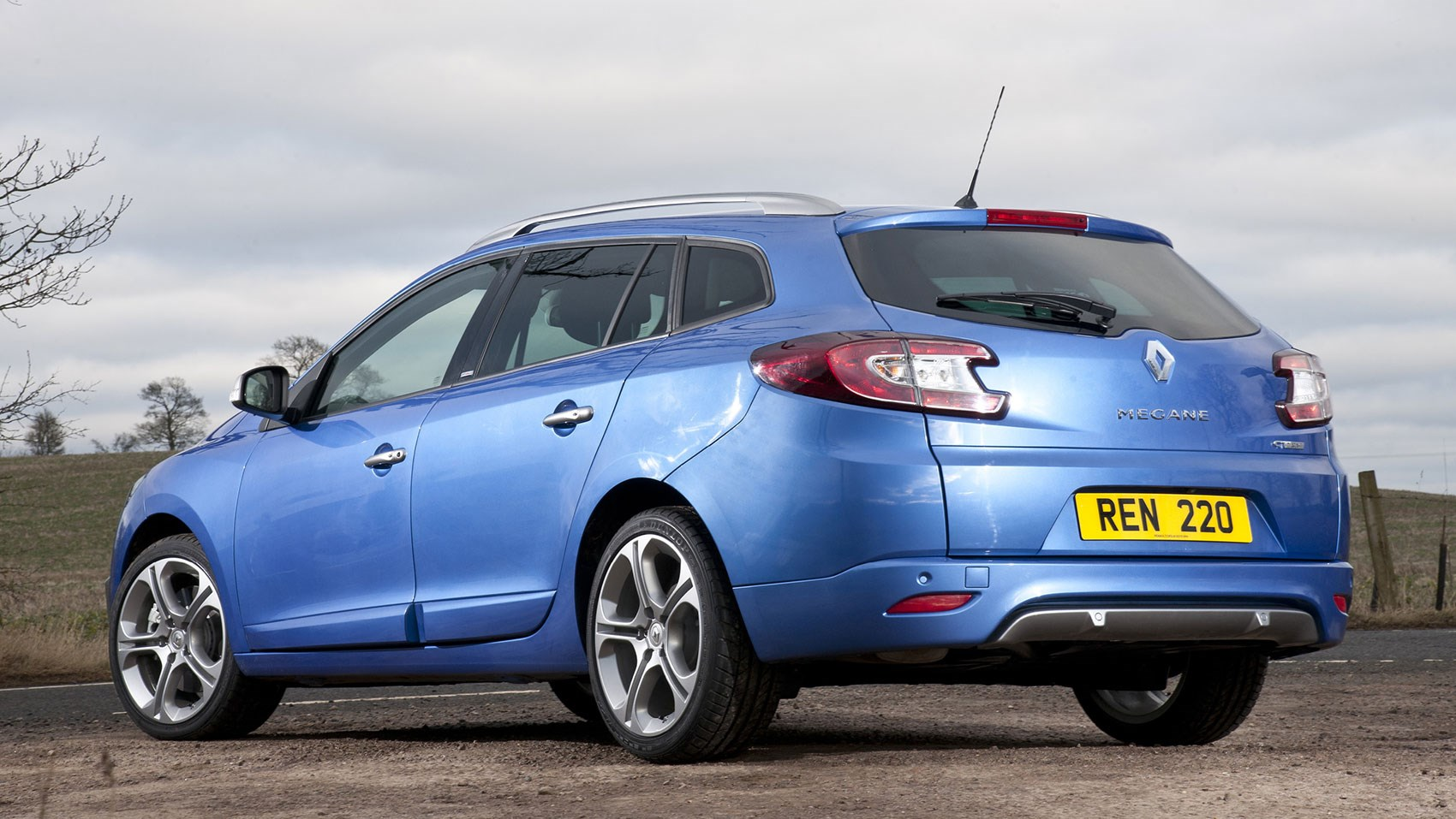 Renault megane renaultsport gt 220 coupe 2015 review car magazine - Renault megane coupe 2015 ...