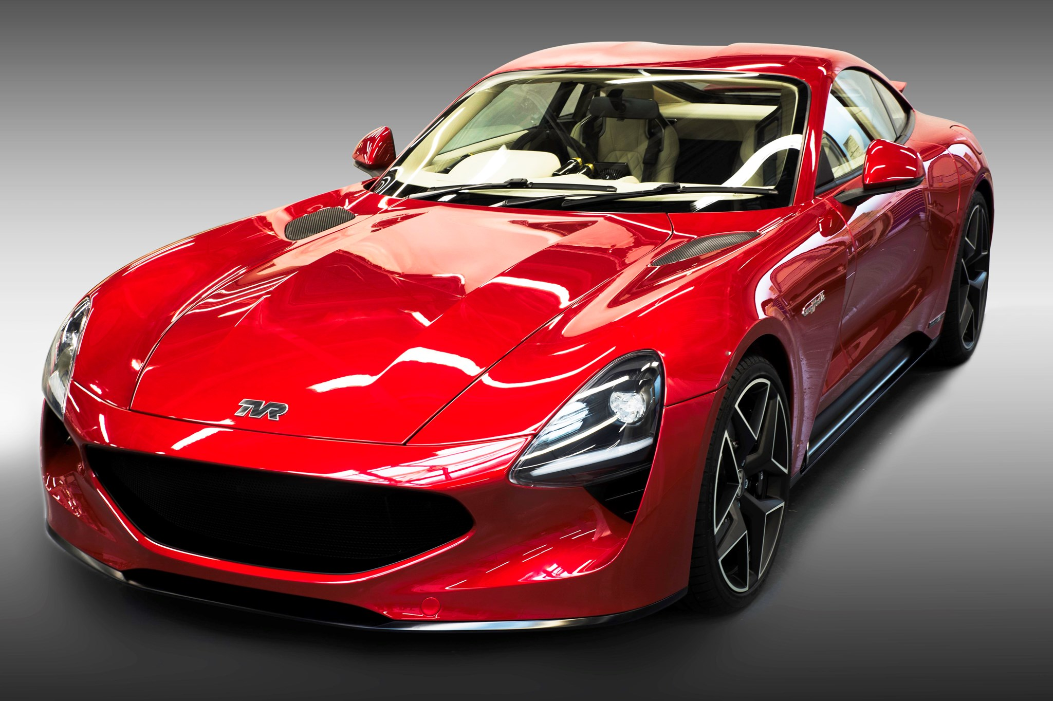 tvr griffith price 2017 2017 tvr griffith unveiled v8 two seater marks official return of uk. Black Bedroom Furniture Sets. Home Design Ideas