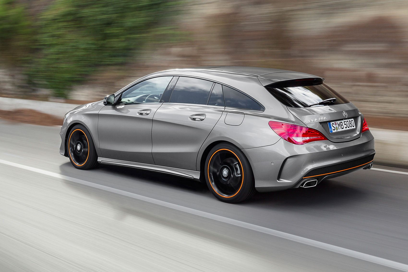 mercedes cla shooting brake 2015 review by car magazine. Black Bedroom Furniture Sets. Home Design Ideas