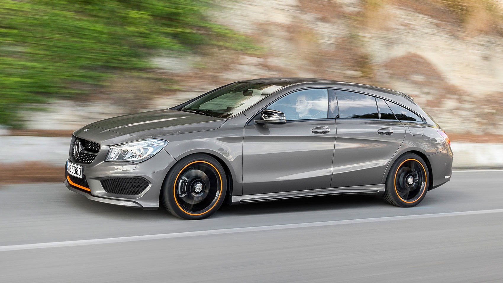 Mercedes Cla Shooting Brake 2015 Review Car Magazine