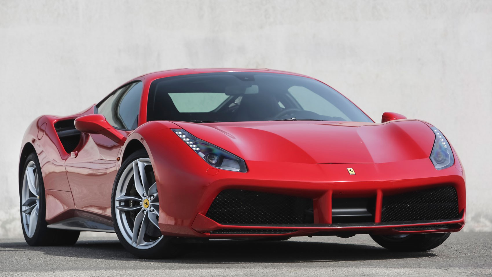 ferrari 488 gtb 2015 review car magazine. Black Bedroom Furniture Sets. Home Design Ideas