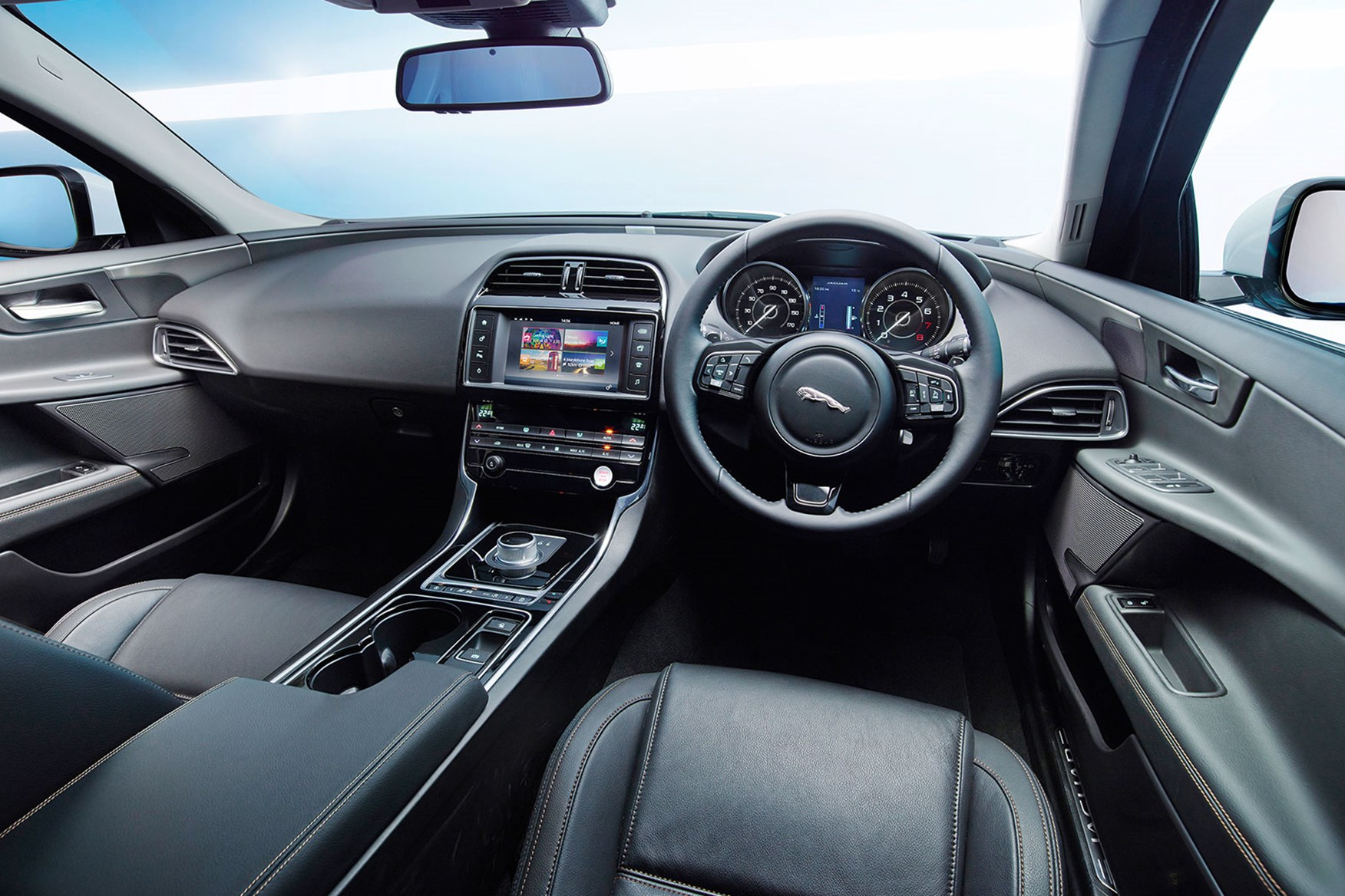 jaguar xe interior images galleries with a bite. Black Bedroom Furniture Sets. Home Design Ideas
