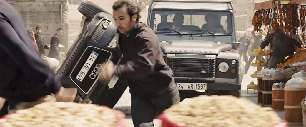 Land Rover Defender, Skyfall