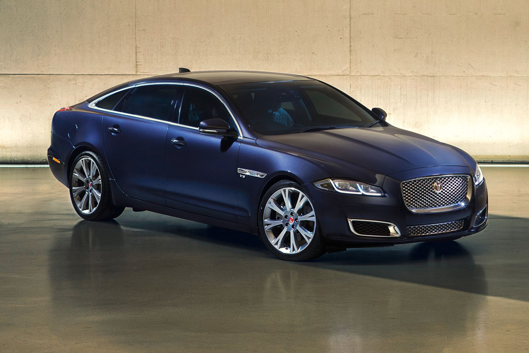 New changes to the look of the car can you guess what it is - The New Jaguar Xj In Autobiography Spec Subtle Design Changes For 2015 Jag Xj