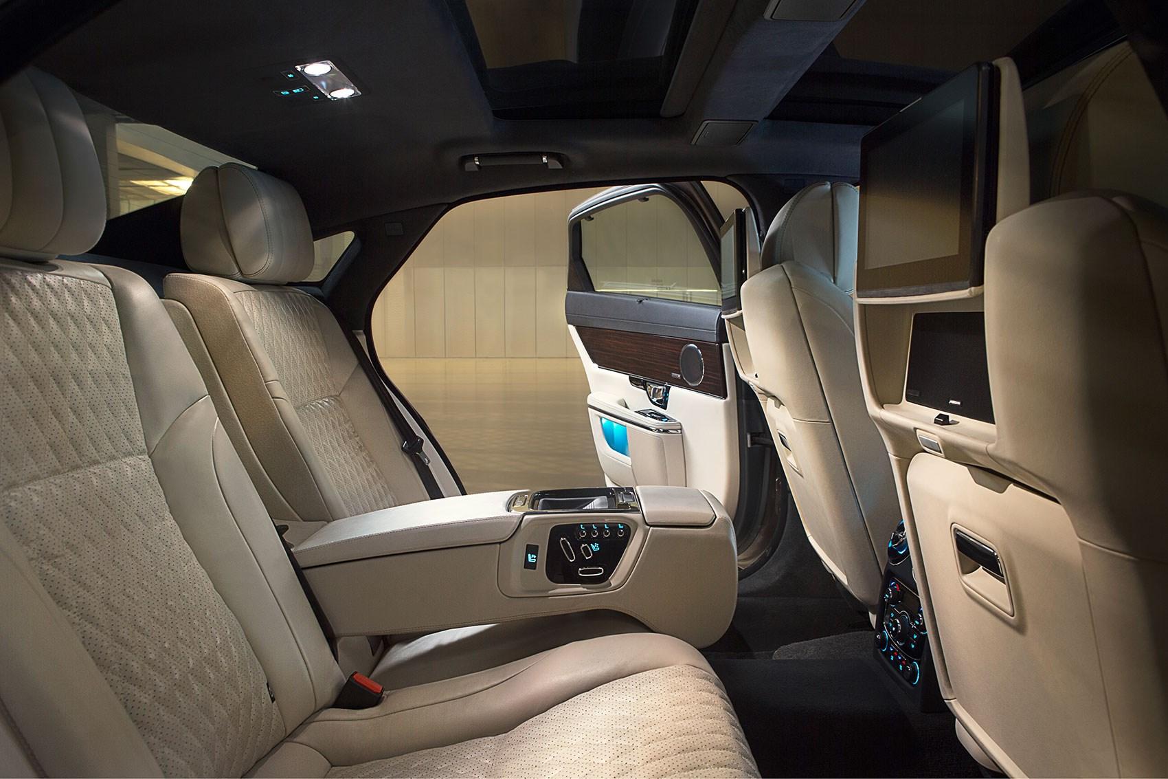 the 100k jag 2016 jaguar xj goes seriously premium by car magazine. Black Bedroom Furniture Sets. Home Design Ideas