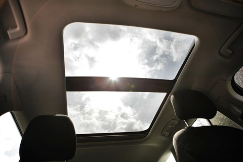 Ford Mondeo glass roof option