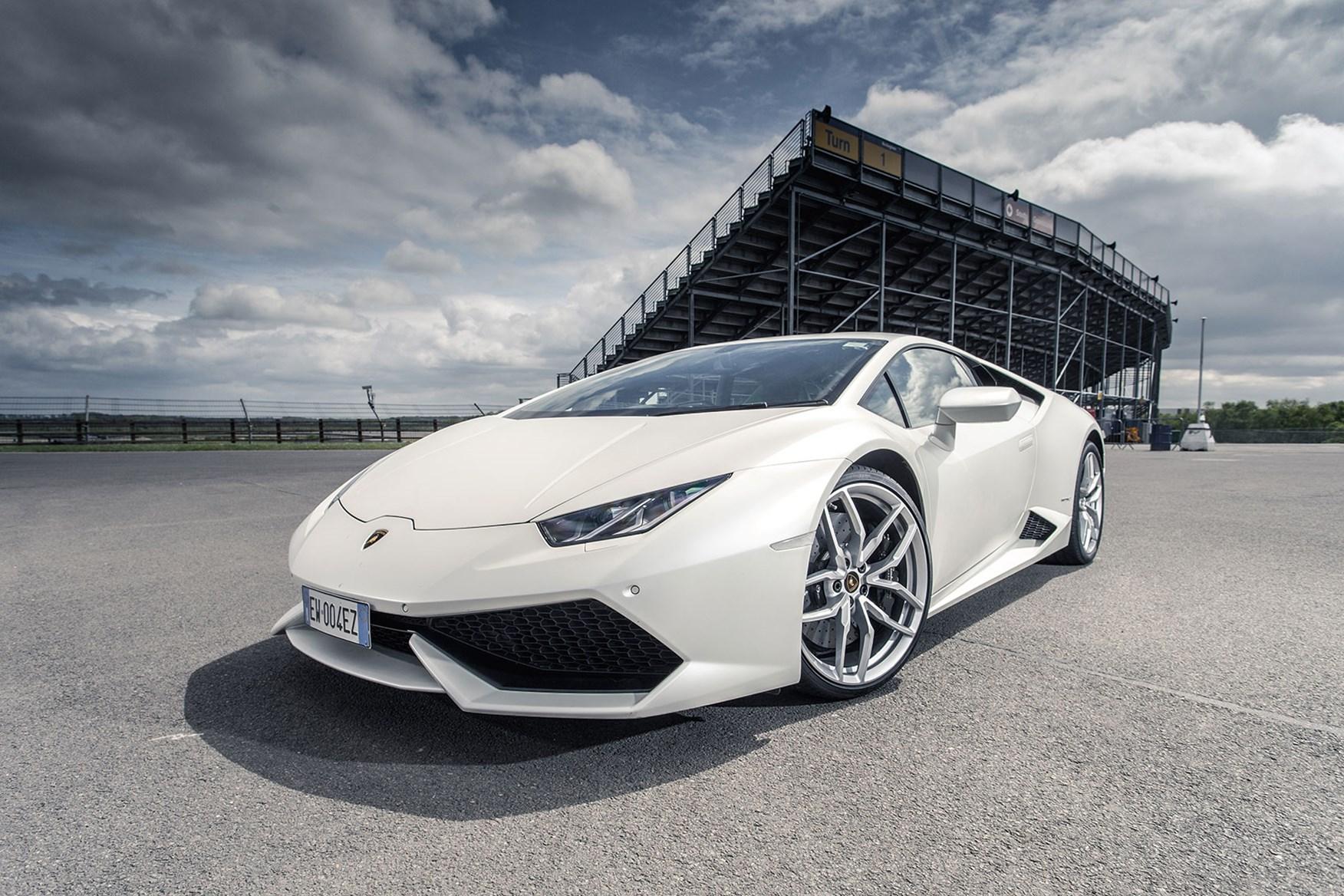 Lamborghini Huracan Lp610 4 Long Term Test Review 2015 By Car Magazine
