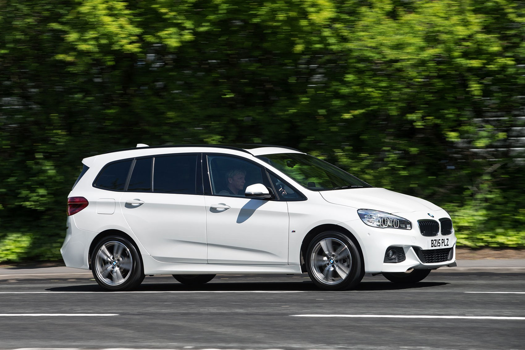 bmw 2 series gran tourer 220d xdrive m sport 2015 review car magazine. Black Bedroom Furniture Sets. Home Design Ideas