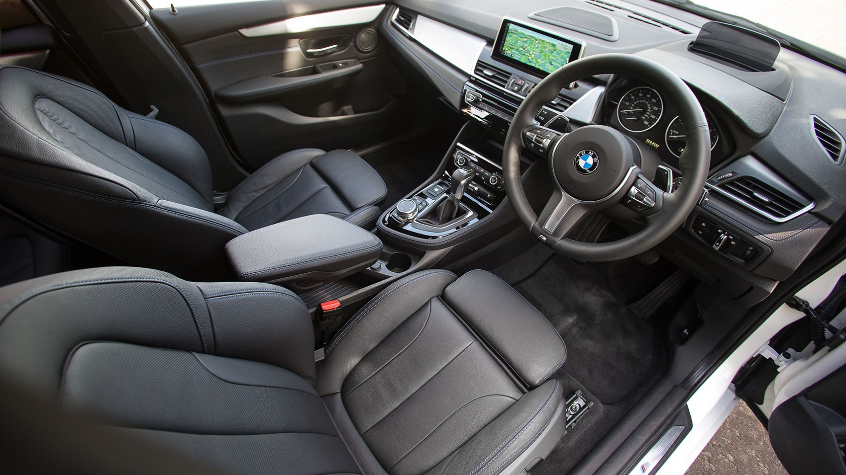 Bmw 220i gran tourer m sport package 2015 wallpapers and hd images - Photo Gallery