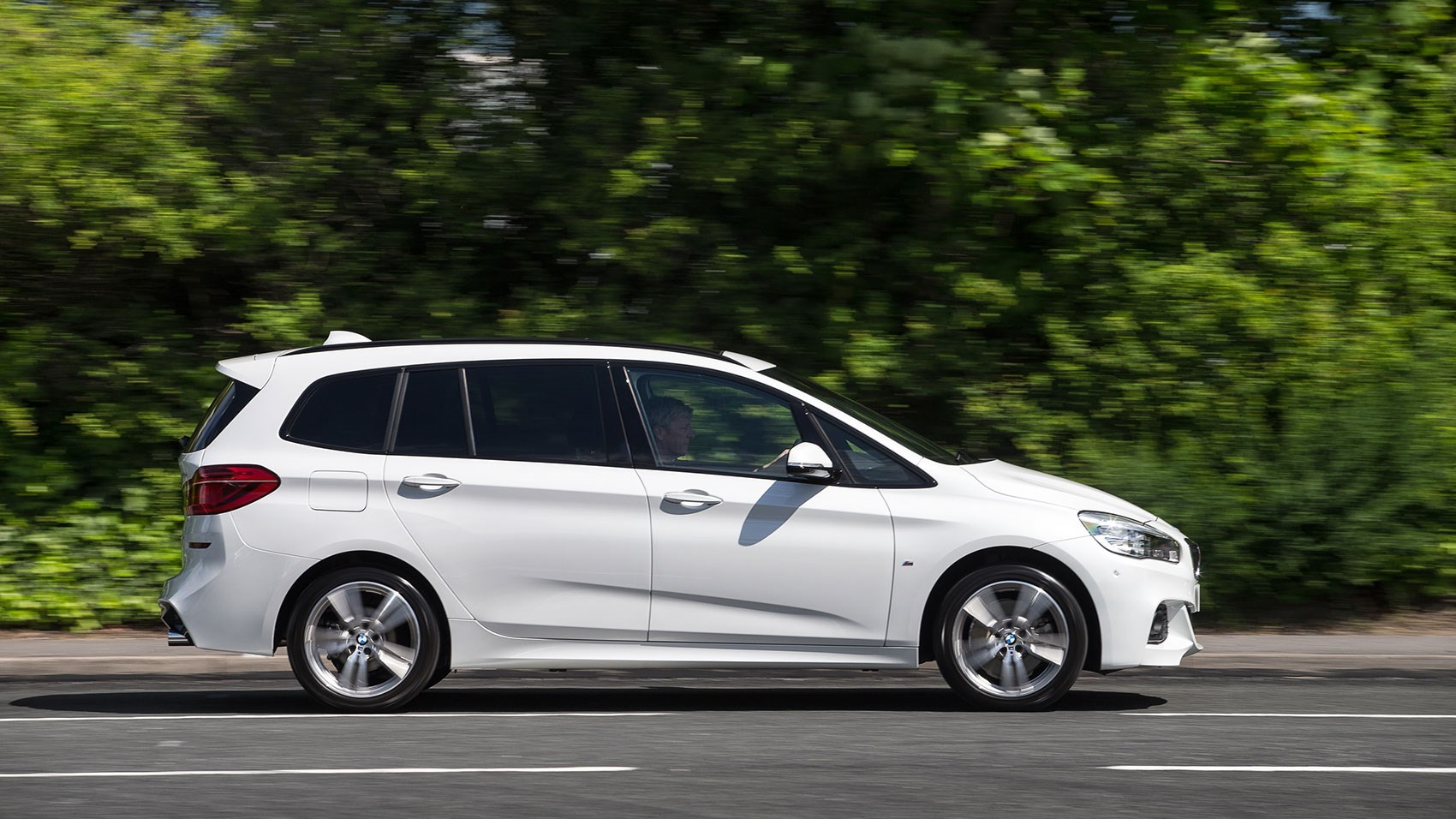 Bmw 220i gran tourer m sport package 2015 wallpapers and hd images - Bmw 2 Series Gran Tourer 220d Xdrive M Sport 2015 Review By Car Magazine