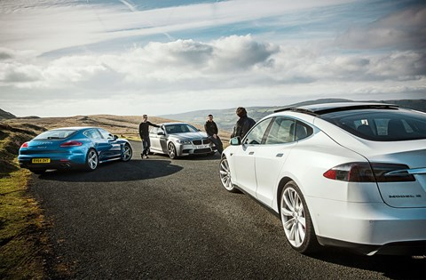 Three very different sports saloons: Porsche Panamera S E-Hybrid vs BMW M5 30 Jahre Edition vs Tesla Model S 85
