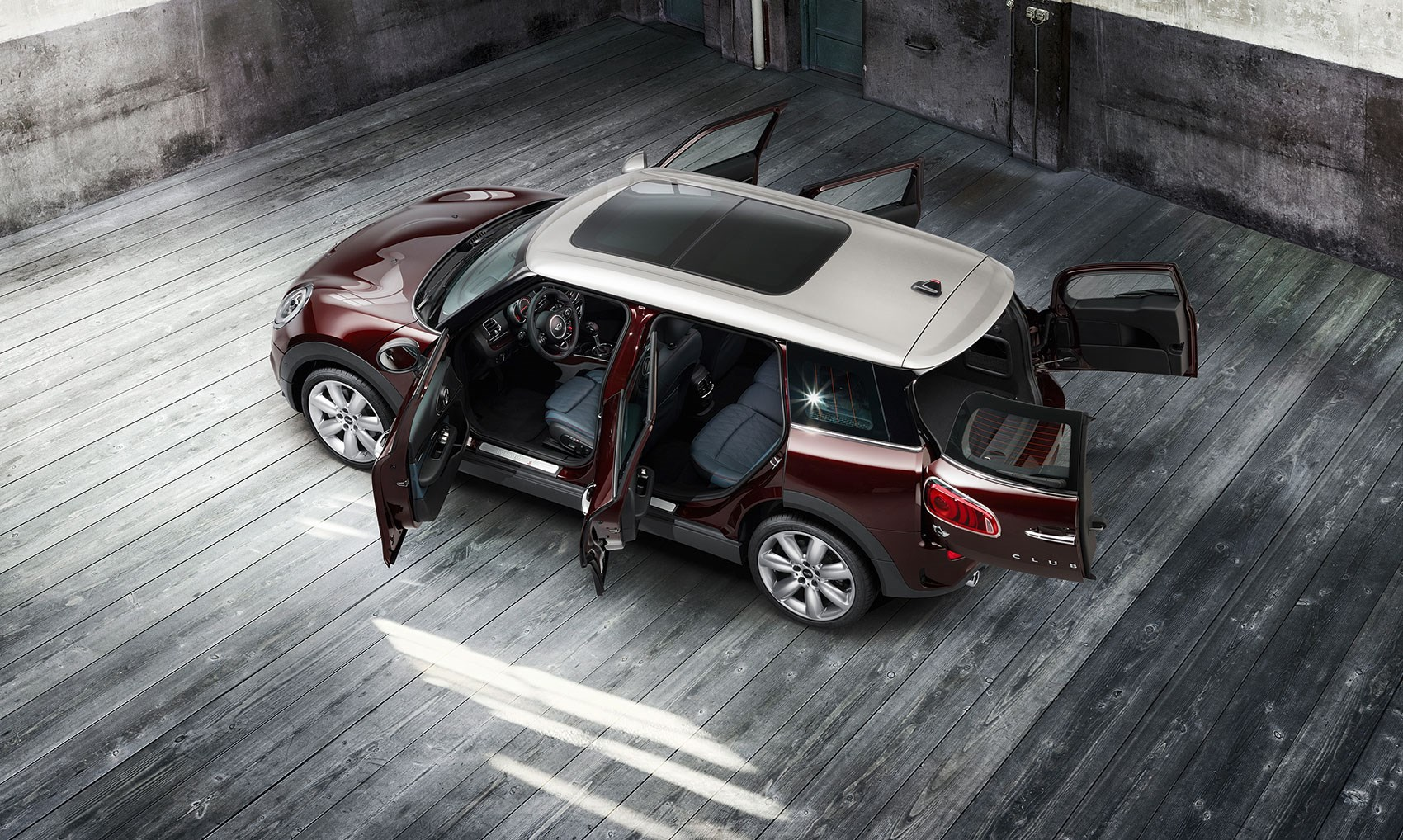 Mini Clubman 2015 Biggest Mini Yet Keeps Barn Doors Adds Side