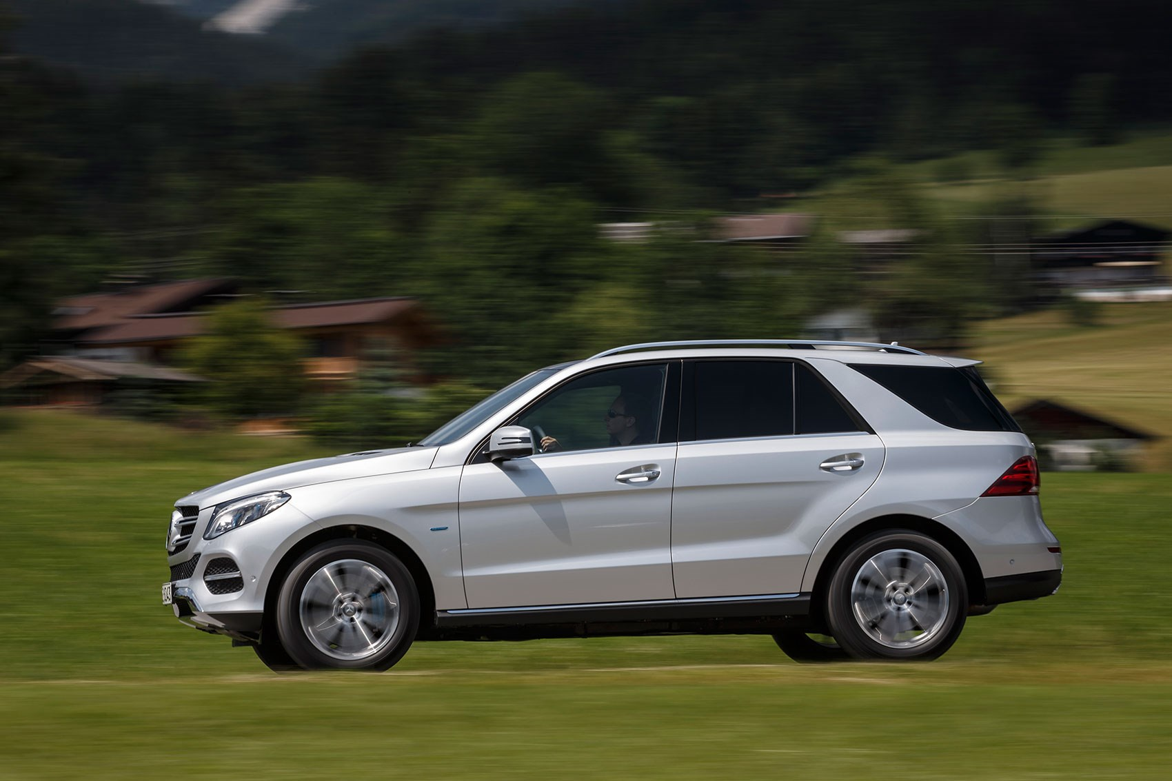 mercedes gle500e plug in hybrid 2015 review by car magazine. Black Bedroom Furniture Sets. Home Design Ideas