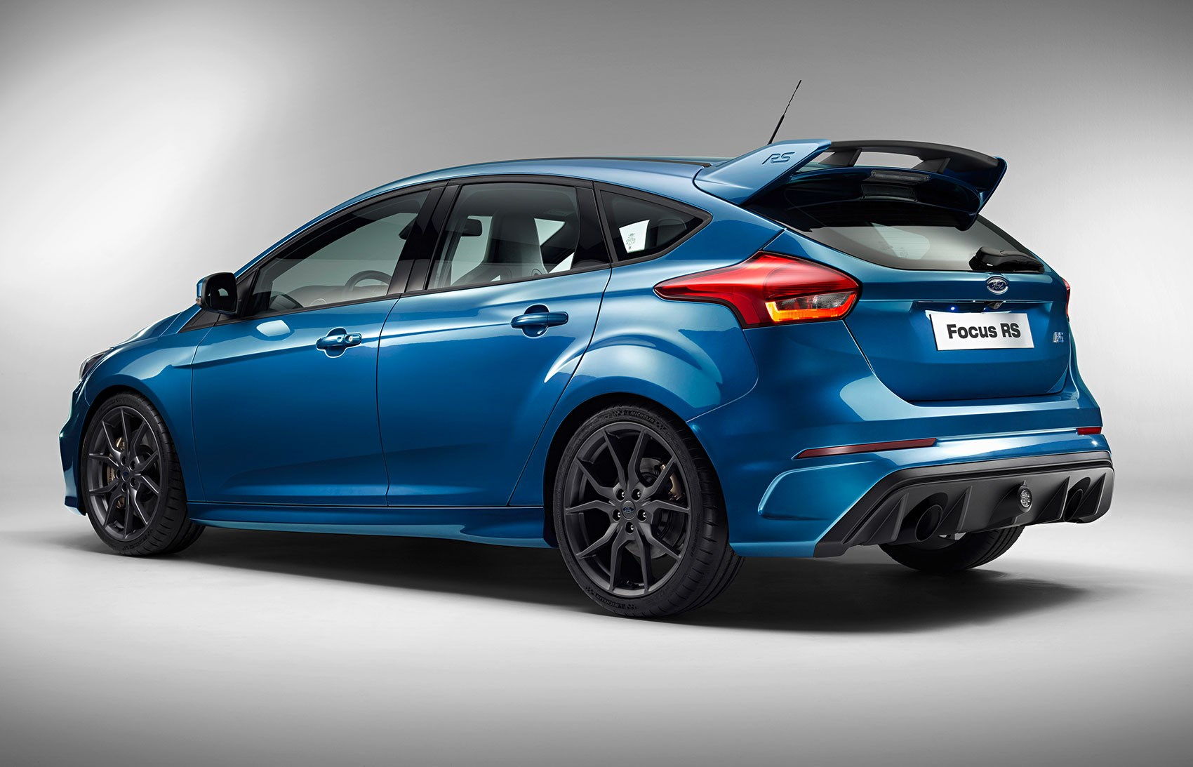 New 2016 Ford Focus Rs Gets 345bhp