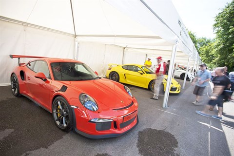 Porsche 991 GT3 RS and Cayman GT4
