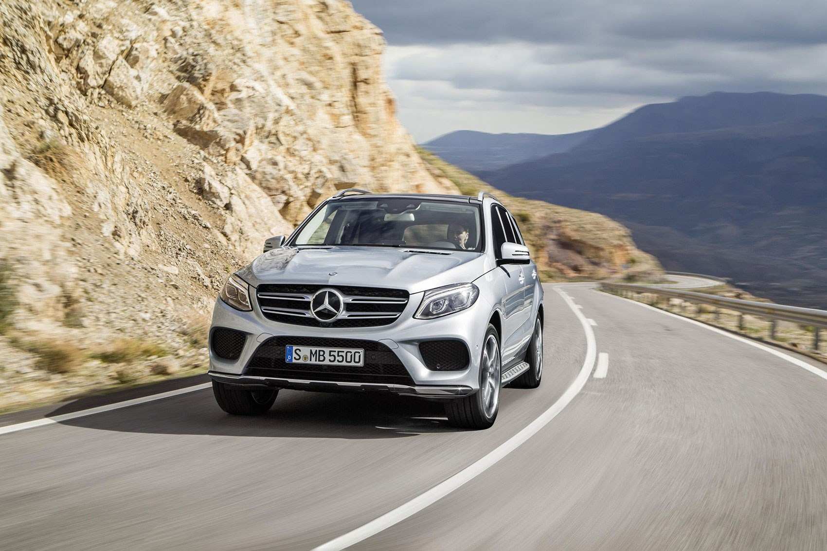 mercedes gle class car magazine. Black Bedroom Furniture Sets. Home Design Ideas