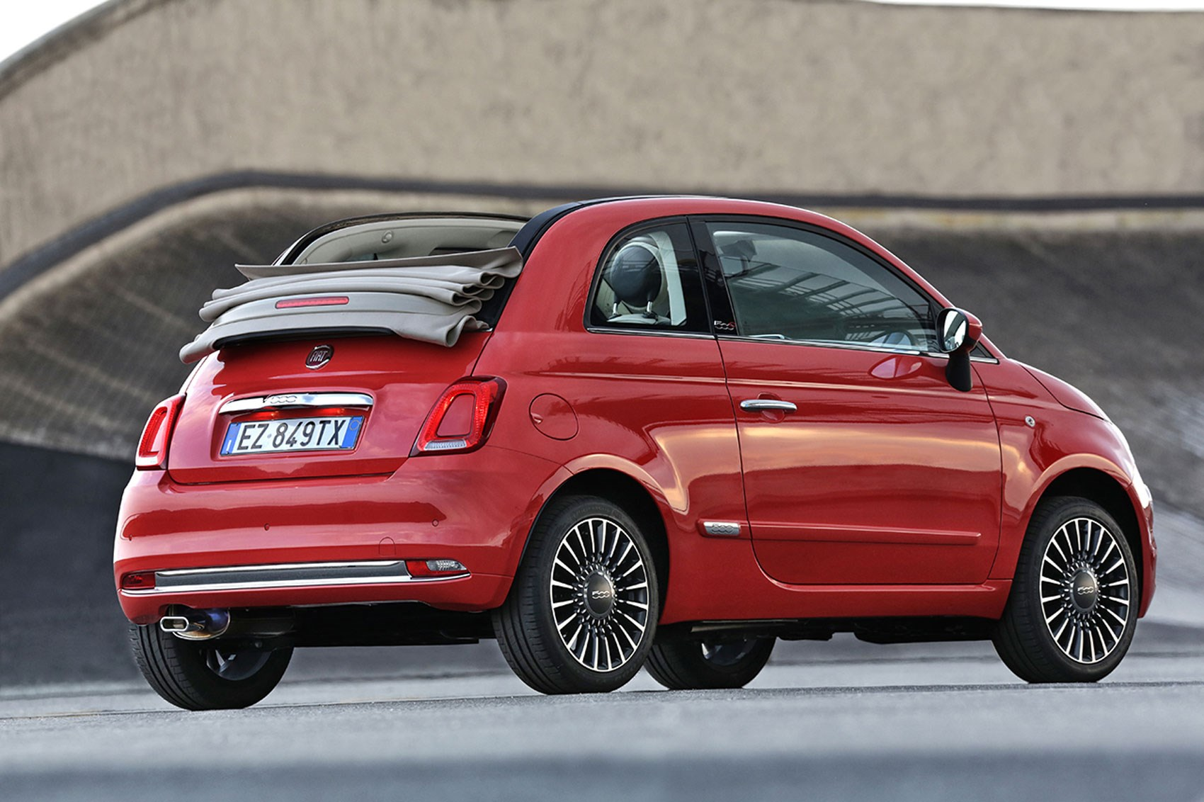 fiat new release carFiat 500 2016 facelift revealed first official pics of 500s new