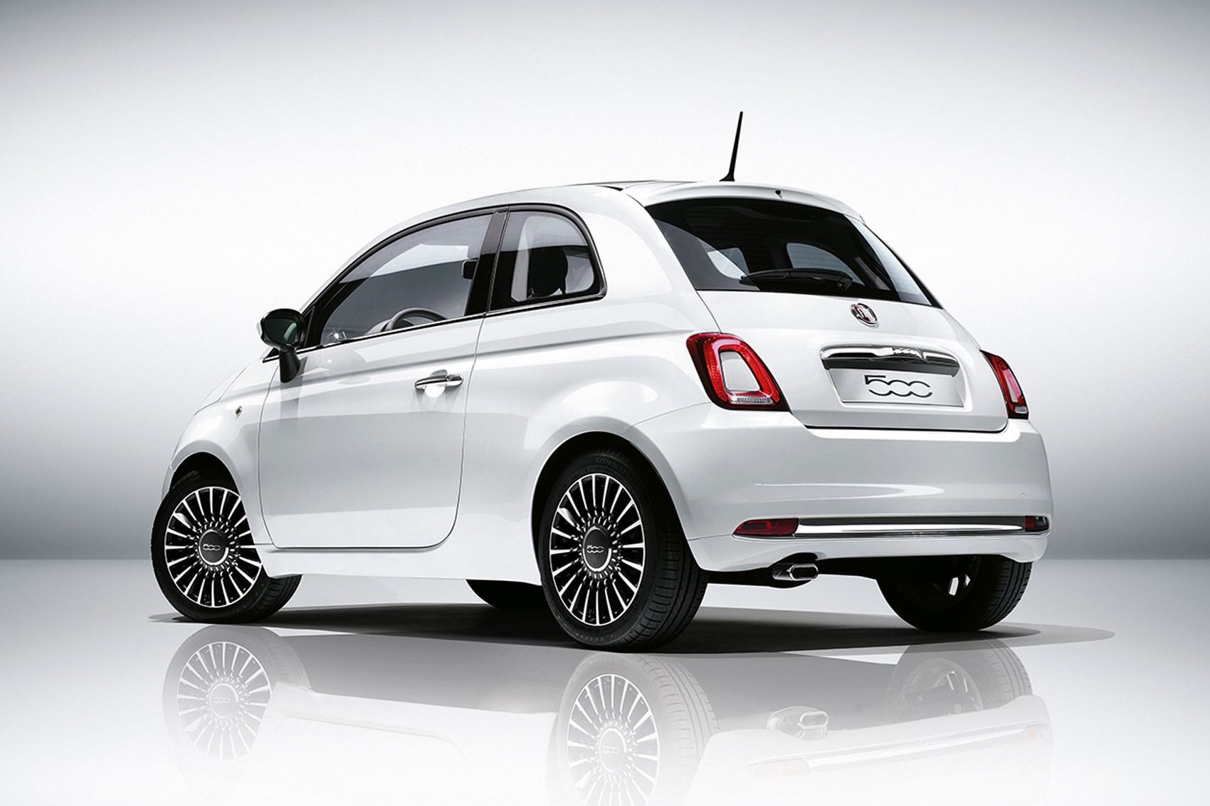 Fiat 500 2016 Facelift Revealed First Official Pics Of