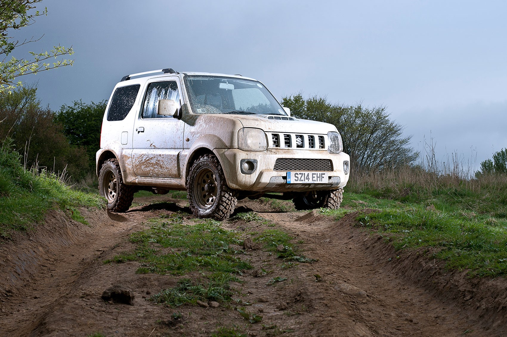 suzuki jimny sz4 2015 review by car magazine. Black Bedroom Furniture Sets. Home Design Ideas