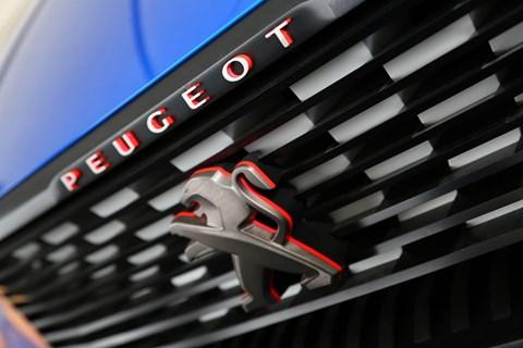 Peugeot Quartz grille