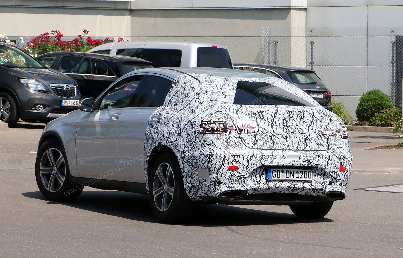 mercedes glc coupe 2016 spied once more merc 39 s going x4. Black Bedroom Furniture Sets. Home Design Ideas