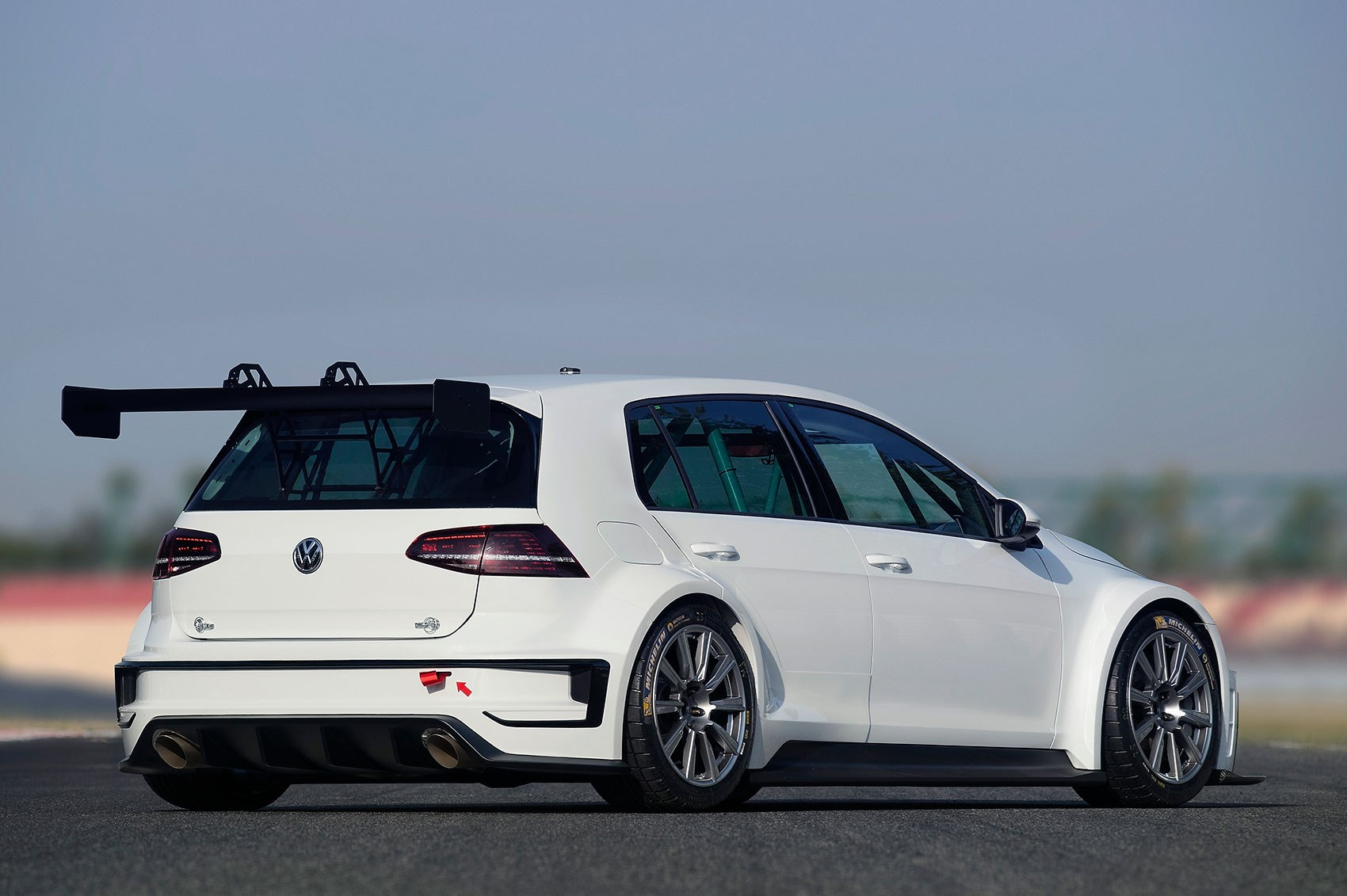 vw dabbles in touring cars with new 2015 golf racer by car magazine. Black Bedroom Furniture Sets. Home Design Ideas