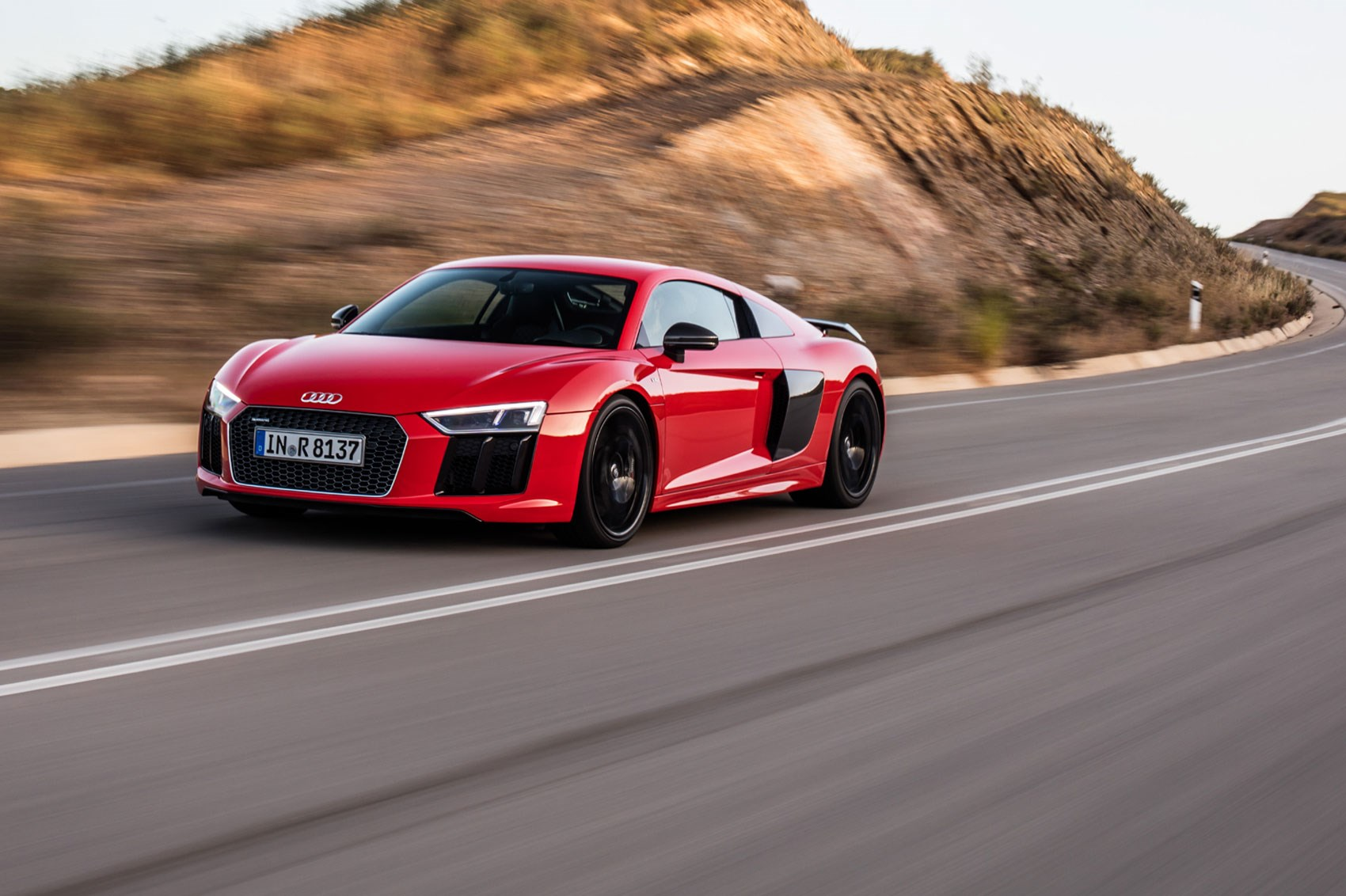 Audi R8 V10 Plus 2017 Review