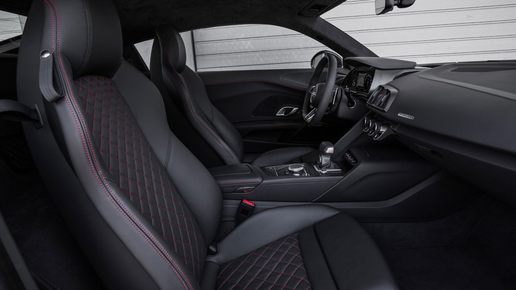 audi r8 interior. 2015 audi r8 interior is more interesting on the driveru0027s side than passengeru0027s