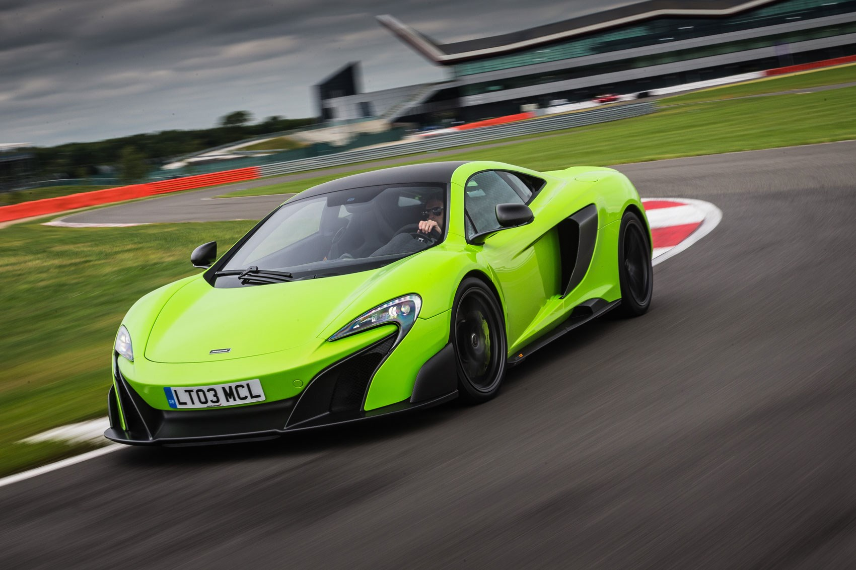 Mclaren 675lt 2015 Review By Car Magazine