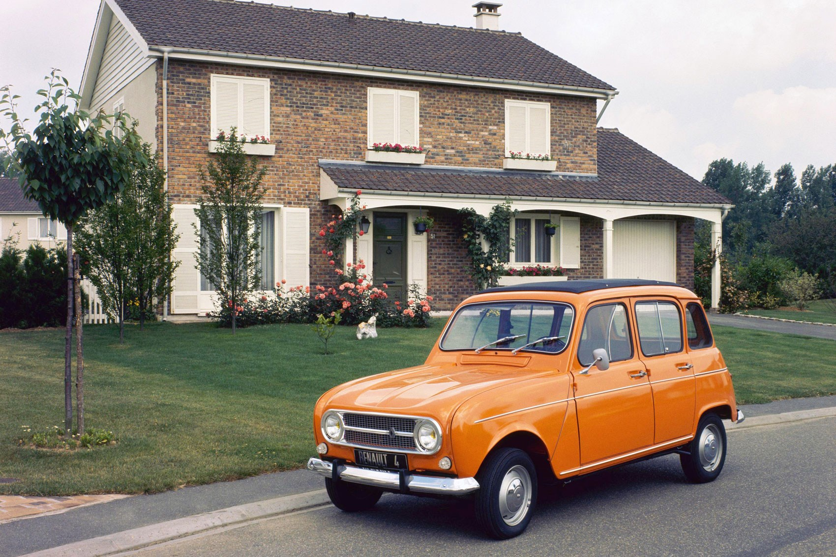 Why I Love The Renault 4 By Russell Bulgin Car Archive