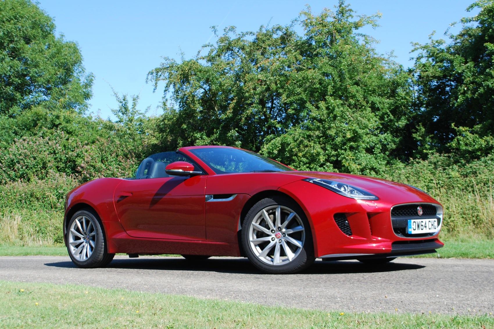 We Test The Cheapest Jaguar F Type On Sale ...